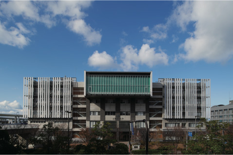 Front view of Osaka Prefecture University Rinku Campus building