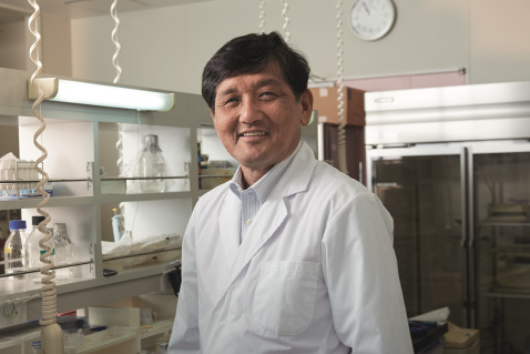 Photo of Professor Masafumi Mukamoto